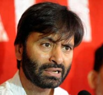 Kashmir: Yasin condemns continued detention of political leaders