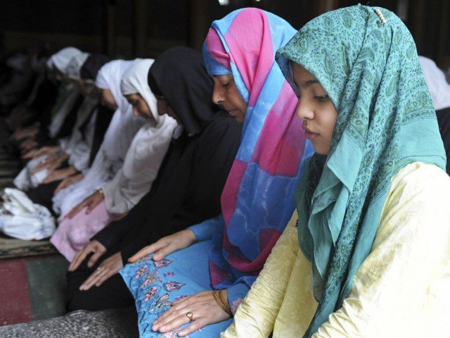 Hundreds of Indian Muslim girls being forced into converting to Hinduism
