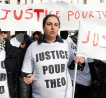 French leaders try to stem fury over alleged police rape