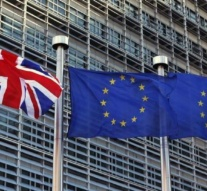 EU rules out early trade talks with UK in Brexit process