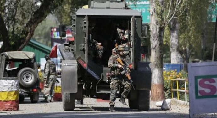 Rumours in Kashmir: Bulbs, sim cards 'helping' security agencies kill militants
