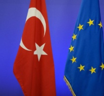 European Commission urges Turkey to launch 'transparent investigations' into referendum results