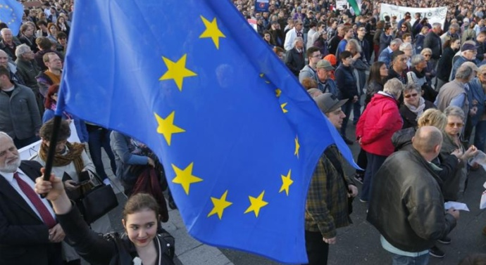 EU opens case against Hungary over higher education law