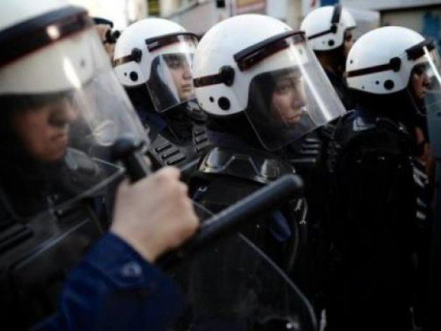 Bahrain police open fire on Shia sit-in: witnesses