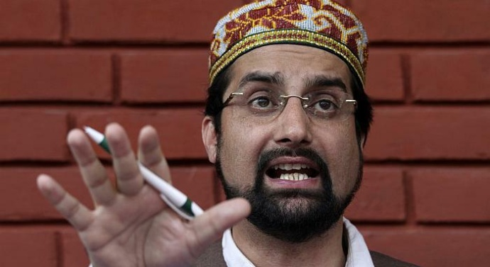 Mirwaiz condemns lynching of police officer in Kashmir, calls it un-Islamic