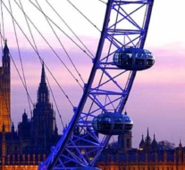 Terror attacks dent visitor numbers at London sights
