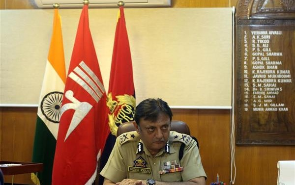 Security measures will be taken on day-to-day basis, no blanket ban on internet: IGP Kashmir