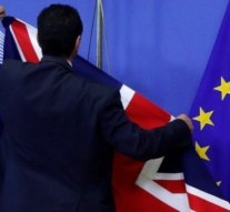 UK: Ministers seek united fron on Brexit
