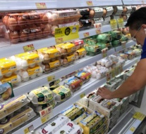 EU calls talks on contaminated eggs as scandal spreads to Asia
