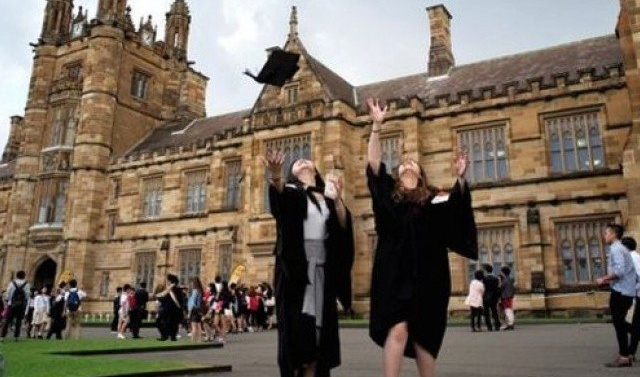 Australia tightens English requirements for foreign students