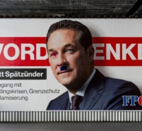 Austria: 'Symbolic vote' pushes back against far right