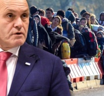 """Austria: """"Deport swiftly and more consistently"""", says Interior Minister"""