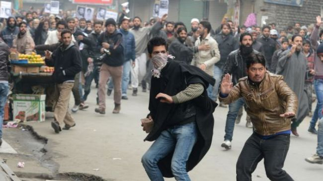 Indian troops kill Kashmiri group leader, protests begin