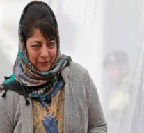 Mehbooba Mufti announces amnesty to first-time stone-pelters in Kashmir