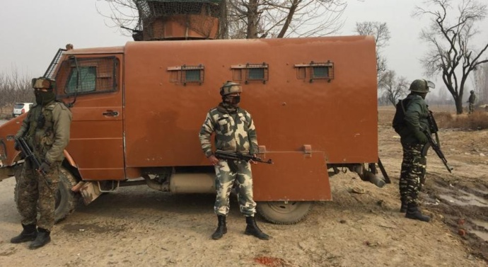 Kashmir: Five troopers killed as Jaishmilitants attack CRPF camp in Pulwama