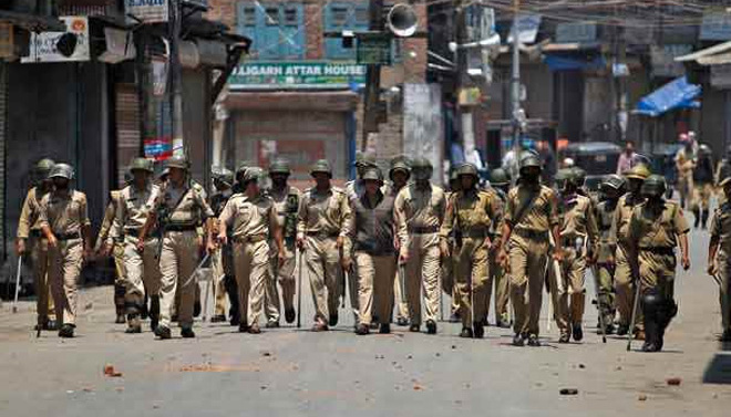 Kashmir: Jammu and Kashmir Police files murder case against army