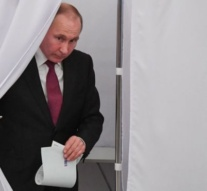 Russia goes to the polls in presidential election
