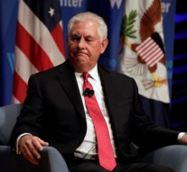 Trump sacks Rex Tillerson, replaced by CIA's Mike Pompeo