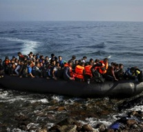Rights groups slam Greece's decision to ignore refugee ruling