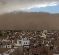 India dust storms: At least 61 dead in four states