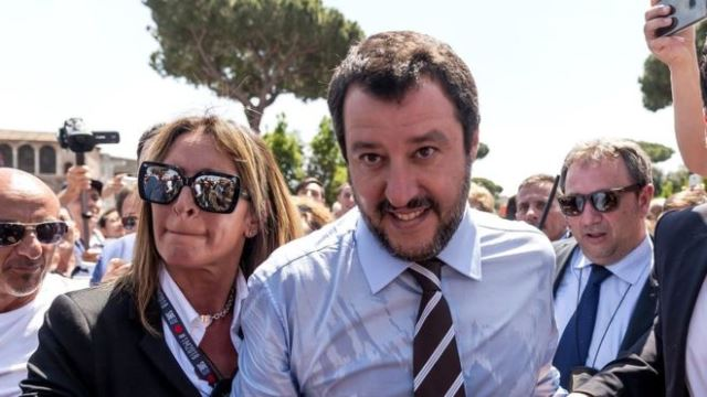 Italy: Matteo Salvini calls for end to Sicily 'refugee camp'