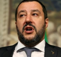 Italy's Salvini sparks outcry over Roma census plans