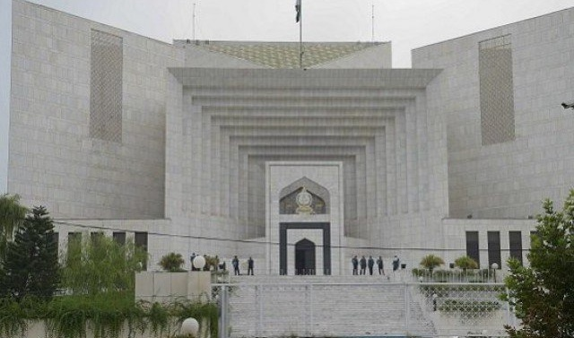 Pakistan: GHQ willing to prosecute ex-army, ISI chiefs, SC told