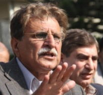 AJK PM criticises Sardar Attique for 'double standards'