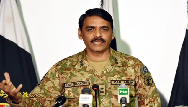Pakistan: Army rejects 'political engineering' allegations