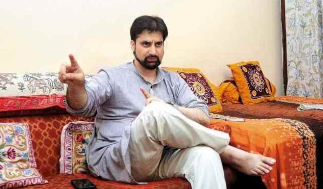 Mirwaiz, welcomes Imran Khan's statement on Kashmir