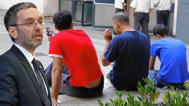Austria: 50,000 in basic services: asylum homes are in dangour to be closed