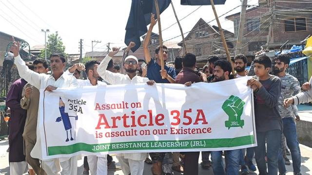 Kashmir: Tension rises as citizenship rights law under threat