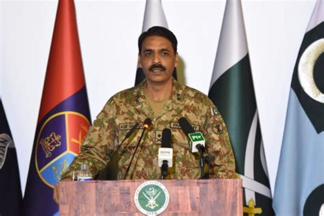 'Ready for war' but we choose to walk the path of peace: Pakistan Army