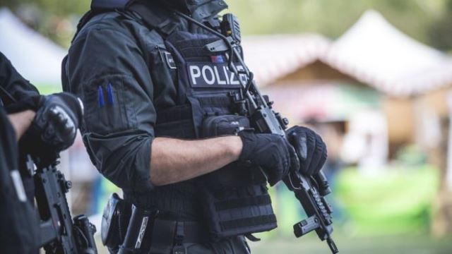 Germany: Police investigate attacks on migrants