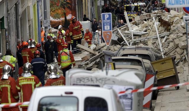 Death toll in France house collapse rises to five