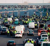 Chaos on French highways as 'yellow vests' torch toll booths
