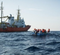 MSF ship Aquarius ends migrant rescues in Mediterranean