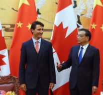 China defends Canadian's death sentence, Ottawa issues travel advisory as tension deepens