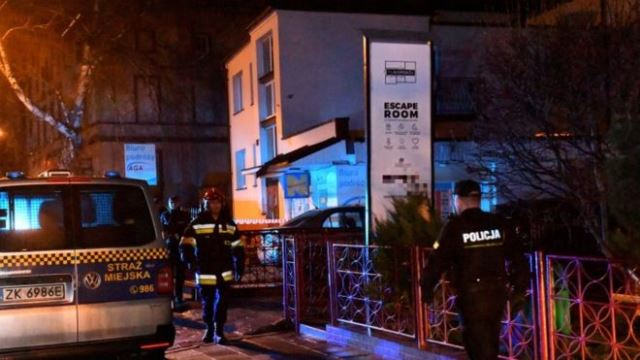 Escape room fire kills five teenagers in Poland
