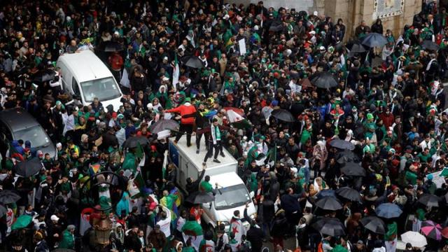 Algerians rally for fourth consecutive week against ailing leader