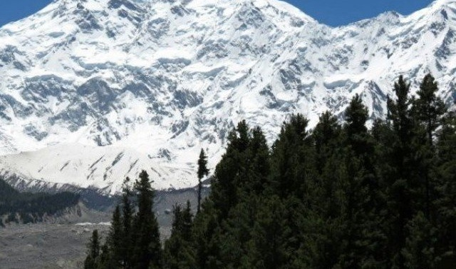 Fears grow for Italian, British climbers missing on Pakistan's 'Killer Mountain'