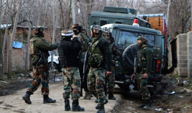 Kashmir: Gunfights in Shopian, Kupwara; three militants killed