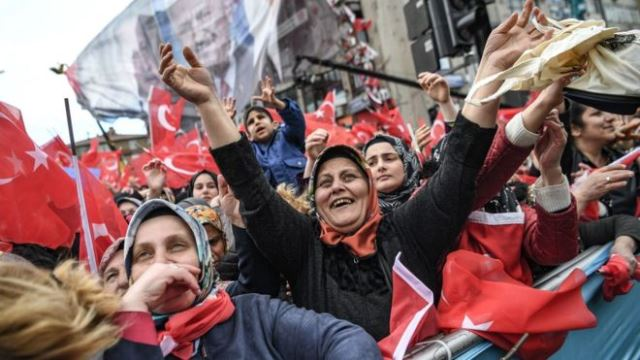 Turkey: Erdogan fights to retain control of cities