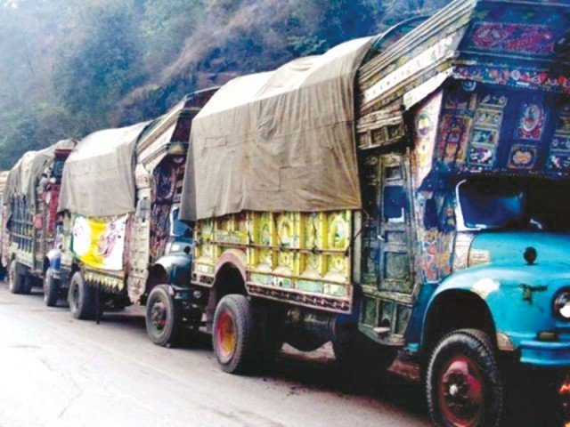 India suspends cross-LoC trade with Pakistan over 'misuse of route'