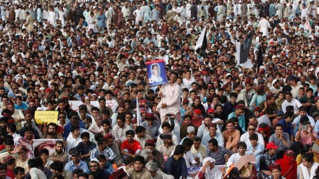 Three killed by military gunfire at Pakistan rights protest