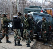 Kashmir: Three militants, soldier, civilian killed in Pulwama gunfight