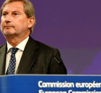 Austria plans to keep Hahn on as its European commissioner