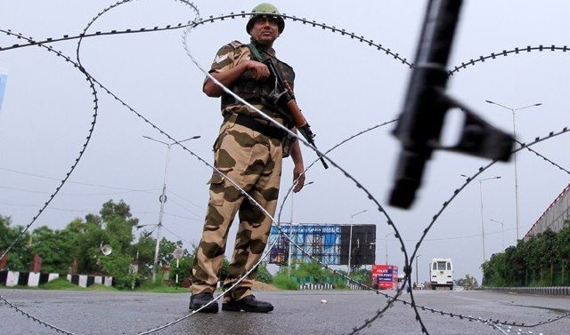Indian-administered Kashmir remains cut off during Eid Al-Adha