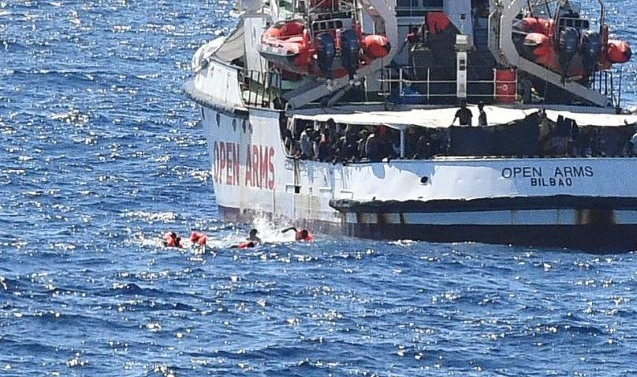 Spain to send ship to collect Open Arms migrants
