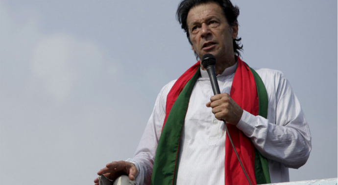 Imran Khan: India's Kashmir move 'pushing people into extremism'